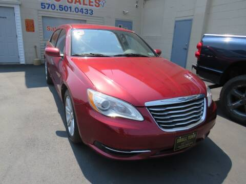 2013 Chrysler 200 for sale at Small Town Auto Sales in Hazleton PA