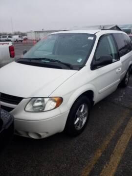 2005 Dodge Grand Caravan for sale at Main Street Motors in Rapid City SD