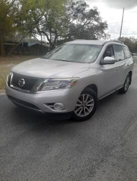 2016 Nissan Pathfinder for sale at Royal Auto Trading in Tampa FL