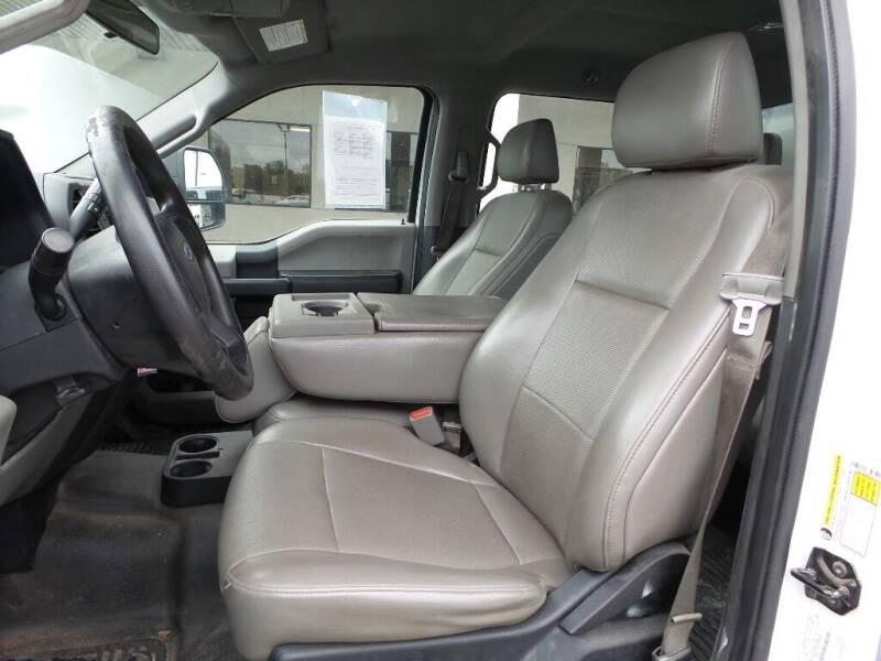 2017 Ford F-250 Super Duty 4x2 XL 4dr Crew Cab 8 ft. LB Pickup - Houston TX