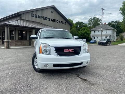 2014 GMC Yukon XL for sale at Drapers Auto Sales in Peru IN
