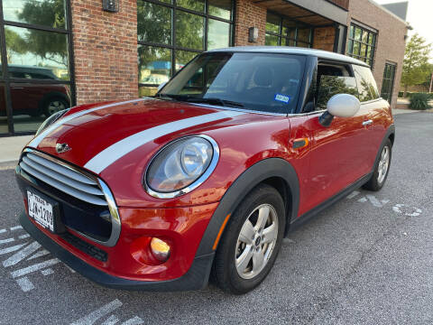 2014 MINI Hardtop for sale at Ted's Auto Corporation in Richardson TX