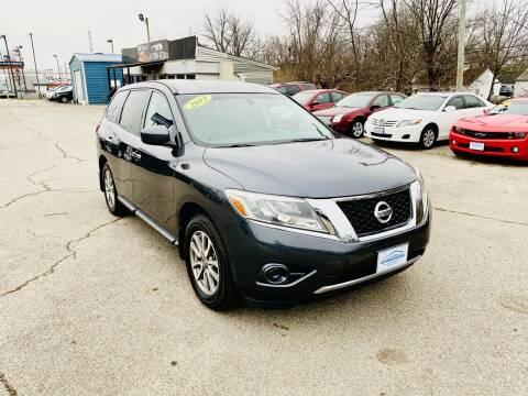 2013 Nissan Pathfinder for sale at LexTown Motors in Lexington KY