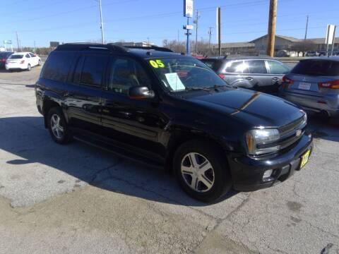 2005 Chevrolet TrailBlazer EXT for sale at Regency Motors Inc in Davenport IA