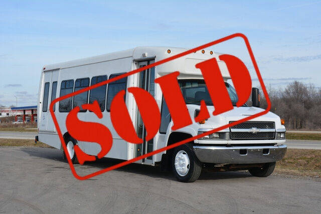 2009 Chevrolet C5500 for sale at Signature Truck Center in Crystal Lake IL