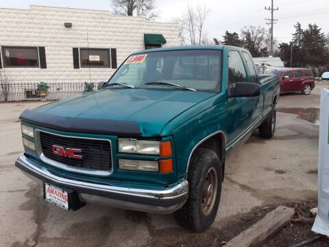 1996 GMC Sierra 2500 for sale at AMAZING AUTO SALES in Marengo IL
