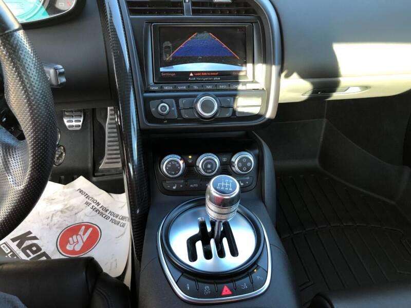 2012 Audi R8 AWD 4.2 quattro Spyder 2dr Convertible 6M - West Seneca NY