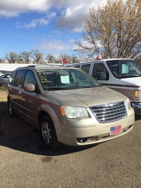 2009 Chrysler Town and Country for sale at L & J Motors in Mandan ND