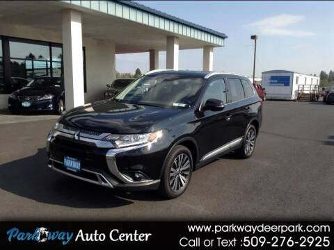 2019 Mitsubishi Outlander for sale at PARKWAY AUTO CENTER AND RV in Deer Park WA