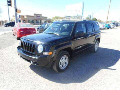 2016 Jeep Patriot for sale at AUGE'S SALES AND SERVICE in Belen NM