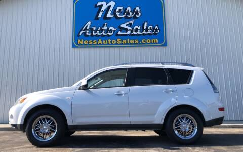 2007 Mitsubishi Outlander for sale at NESS AUTO SALES in West Fargo ND