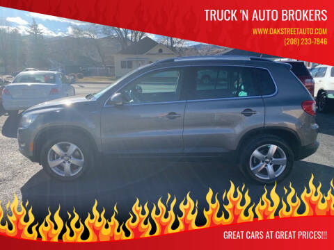 2010 Volkswagen Tiguan for sale at Truck 'N Auto Brokers in Pocatello ID