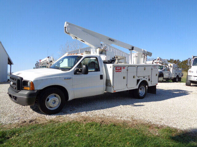 2006 Ford F-350 Super Duty for sale at Busch Motors in Washington MO