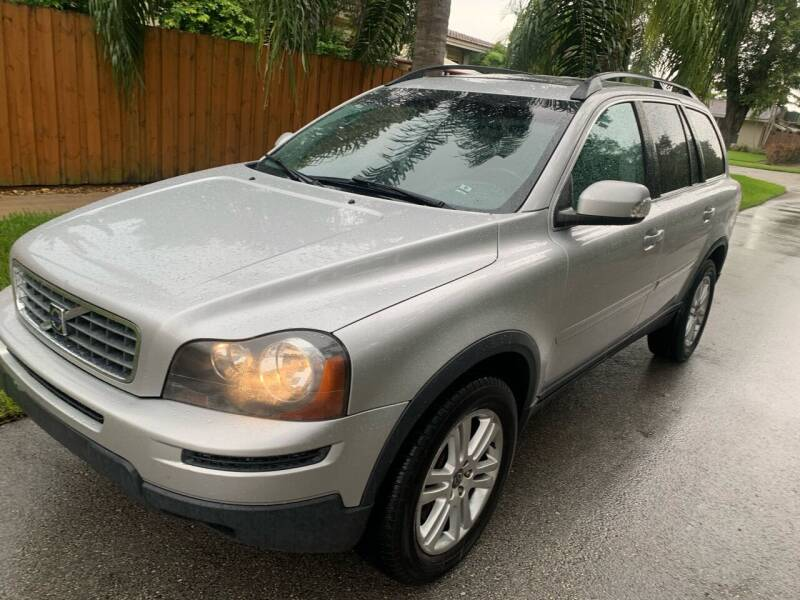 2009 Volvo XC90 for sale at FINANCIAL CLAIMS & SERVICING INC in Hollywood FL