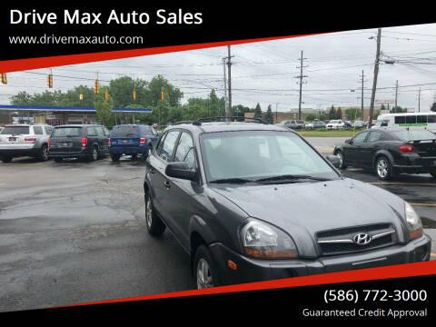 2009 Hyundai Tucson for sale at Drive Max Auto Sales in Warren MI
