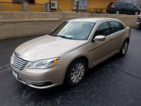 2014 Chrysler 200 for sale at Viewmont Auto Sales in Hickory NC