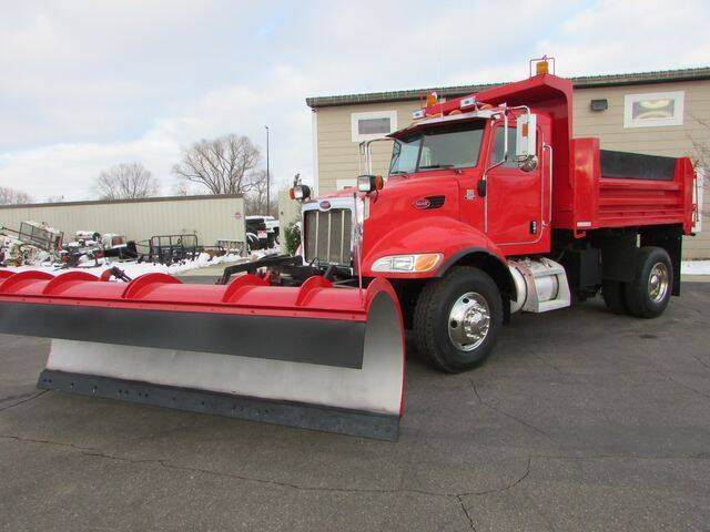 2005 Peterbilt 335 for sale at NorthStar Truck Sales in St Cloud MN