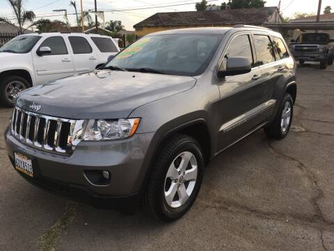 2012 Jeep Grand Cherokee for sale at JR'S AUTO SALES in Pacoima CA