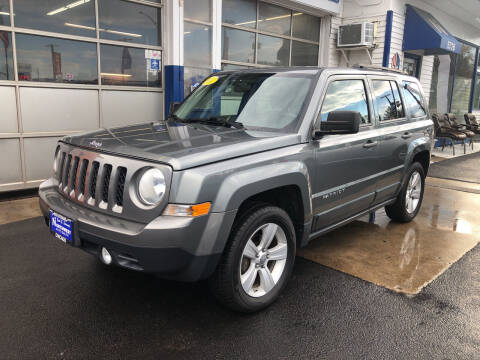 2011 Jeep Patriot for sale at Jack E. Stewart's Northwest Auto Sales, Inc. in Chicago IL