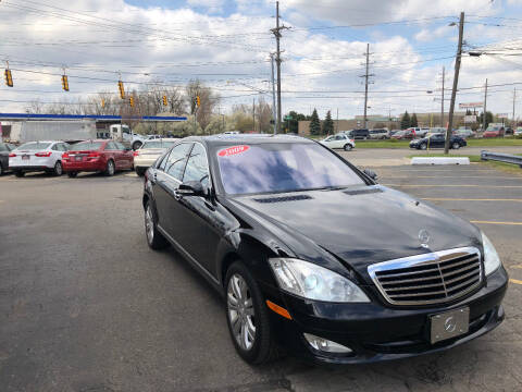2009 Mercedes-Benz S-Class for sale at Drive Max Auto Sales in Warren MI