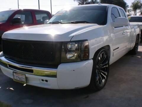 2011 Chevrolet Silverado 1500 for sale at Williams Auto Mart Inc in Pacoima CA
