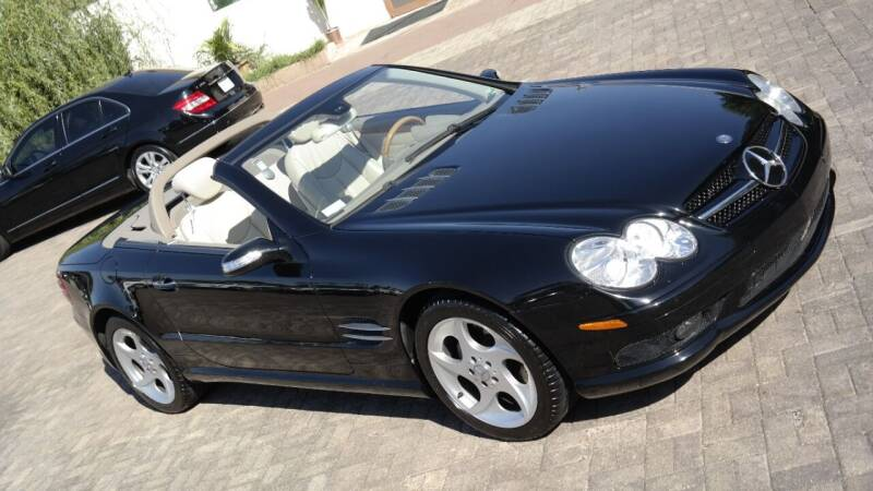 2005 Mercedes-Benz SL-Class for sale at Cars-KC LLC in Overland Park KS