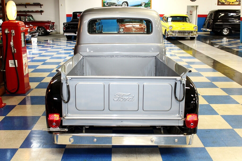 1951 Ford F-100 14