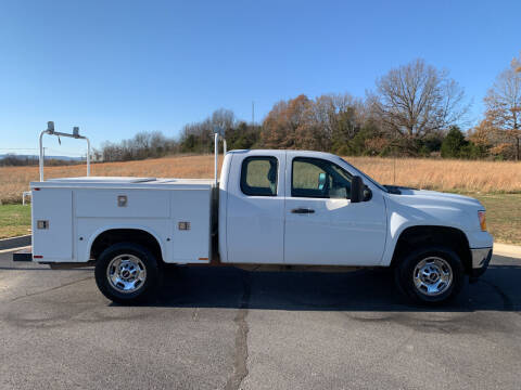 2013 GMC Sierra 2500HD for sale at V Automotive in Harrison AR