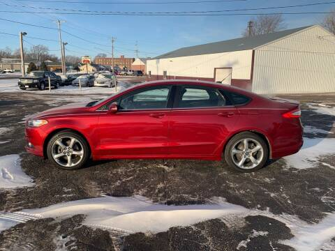 2013 Ford Fusion for sale at Diede's Used Cars in Canistota SD