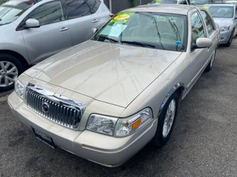 2009 Mercury Grand Marquis for sale at Middle Village Motors in Middle Village NY