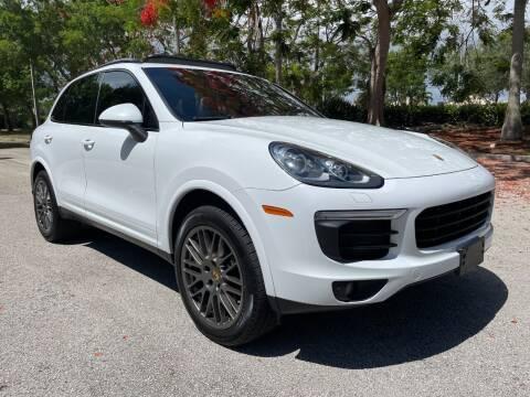 2017 Porsche Cayenne for sale at DELRAY AUTO MALL in Delray Beach FL