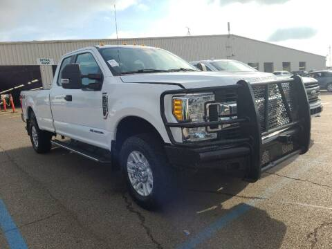 2017 Ford F-250 Super Duty for sale at KA Commercial Trucks, LLC in Dassel MN