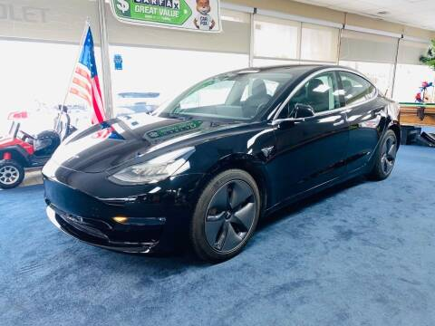 2019 Tesla Model 3 for sale at LUXURY IMPORTS AUTO SALES INC in North Branch MN