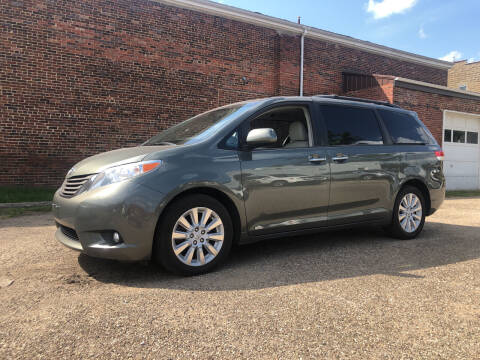 2013 Toyota Sienna for sale at Jim's Hometown Auto Sales LLC in Byesville OH