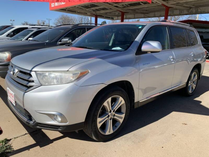 2011 Toyota Highlander for sale at KD Motors in Lubbock TX