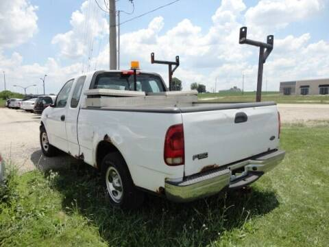 2002 Ford F-150 for sale at CARZ R US 1 in Heyworth IL
