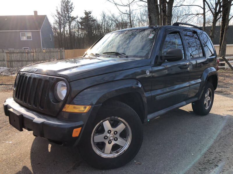 2005 Jeep Liberty for sale at J's Auto Exchange in Derry NH