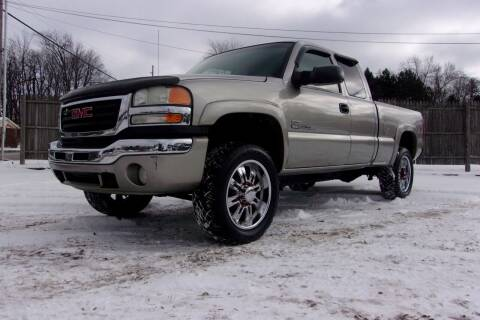 2003 GMC Sierra 2500HD for sale at JEFF MILLENNIUM USED CARS in Canton OH