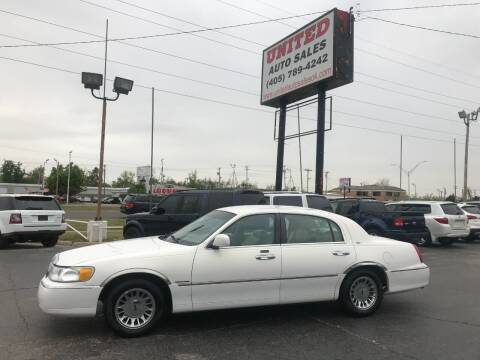 2000 Lincoln Town Car for sale at United Auto Sales in Oklahoma City OK