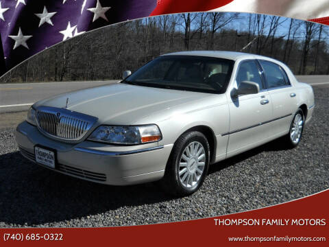 2005 Lincoln Town Car for sale at THOMPSON FAMILY MOTORS in Senecaville OH