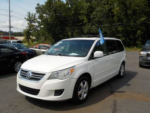 2009 Volkswagen Routan for sale at United Auto Land in Woodbury NJ