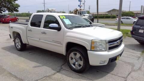 2009 Chevrolet Silverado 1500 for sale at Regency Motors Inc in Davenport IA