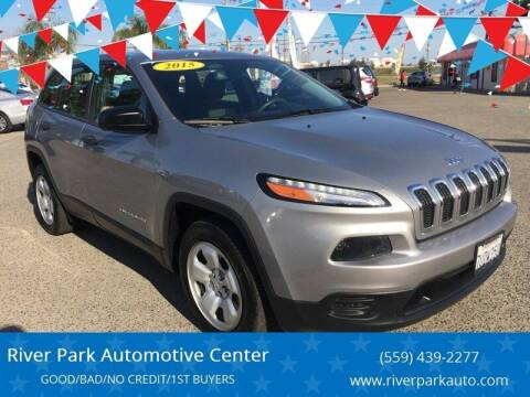2015 Jeep Cherokee for sale at River Park Automotive Center in Fresno CA