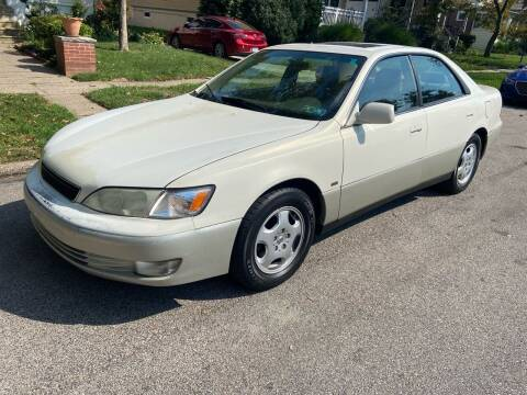 1999 Lexus ES 300 for sale at Michaels Used Cars Inc. in East Lansdowne PA