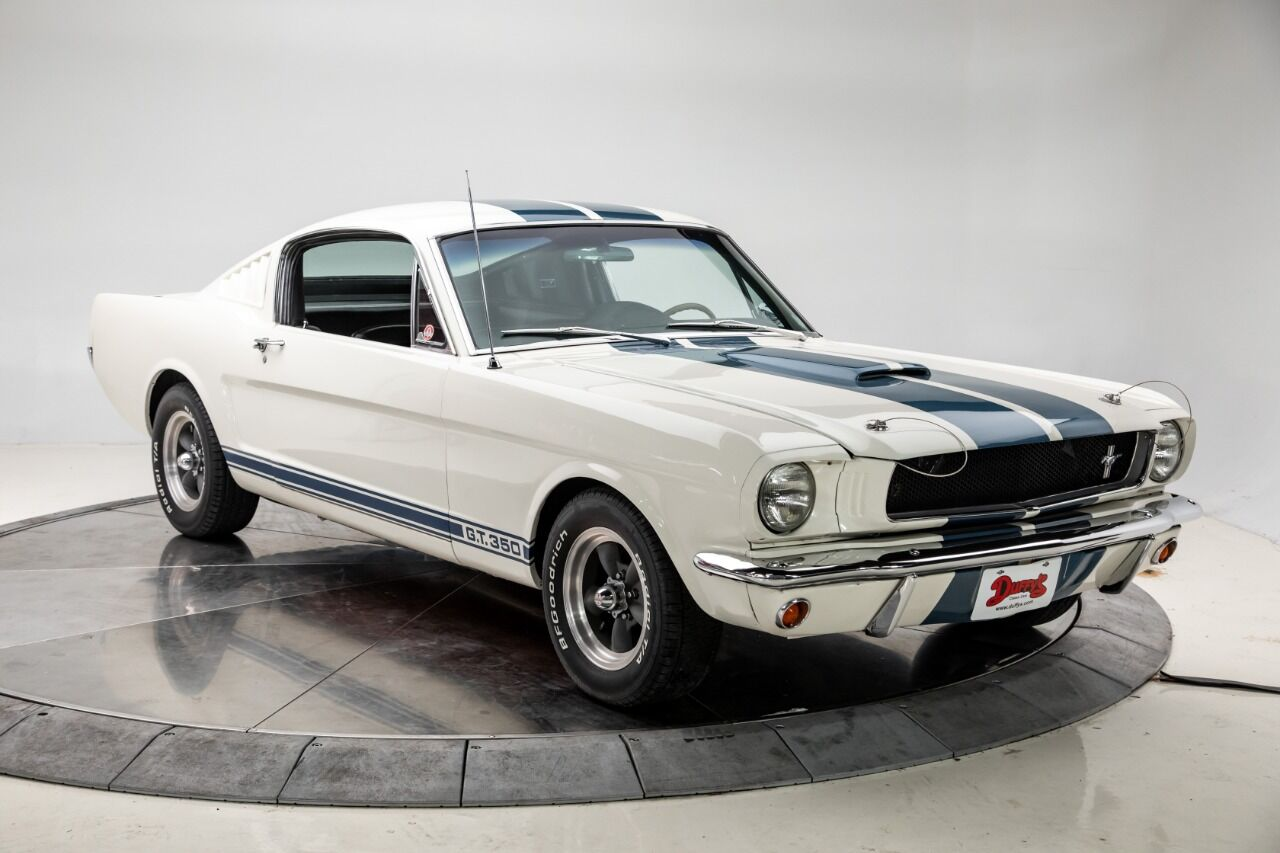 1965 Ford Mustang 8
