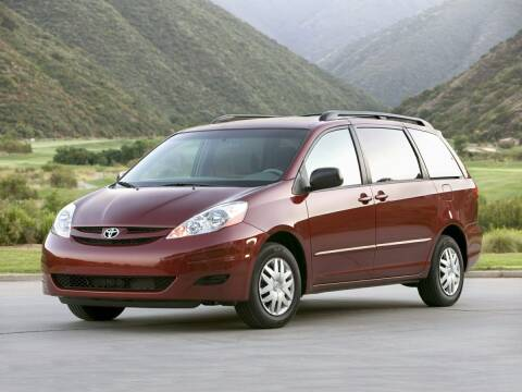 2008 Toyota Sienna for sale at Sam Leman Toyota Bloomington in Bloomington IL