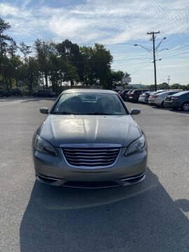 2013 Chrysler 200 for sale at Elite Motors in Knoxville TN