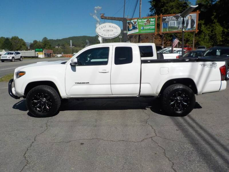 2016 Toyota Tacoma for sale at EAST MAIN AUTO SALES in Sylva NC
