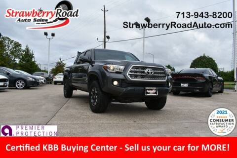 2017 Toyota Tacoma for sale at Strawberry Road Auto Sales in Pasadena TX