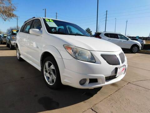 2006 Pontiac Vibe for sale at AP Auto Brokers in Longmont CO